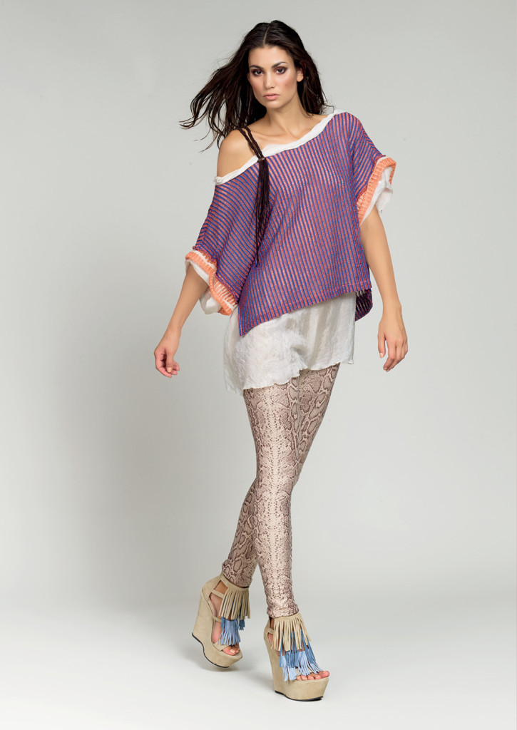 MAGLIA / BLOUSE <strong>D425</strong> <br> LEGGINGS <strong>D629</strong>