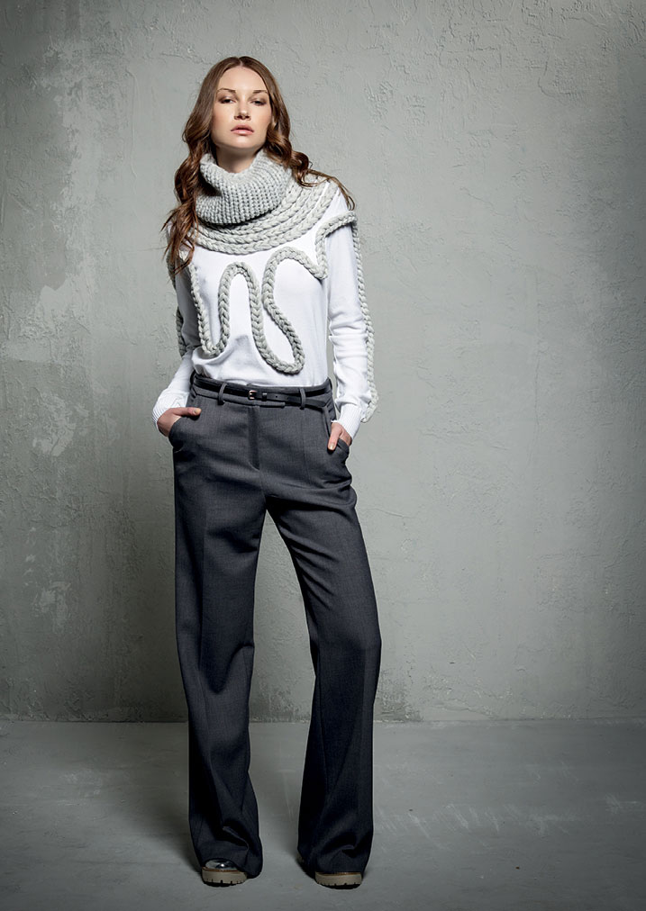MAGLIA/JUMPER <strong>E322</strong><br> PANTALONE/PANTS <strong>E332</strong><br> COLLO/COLLAR <strong>E327</strong>