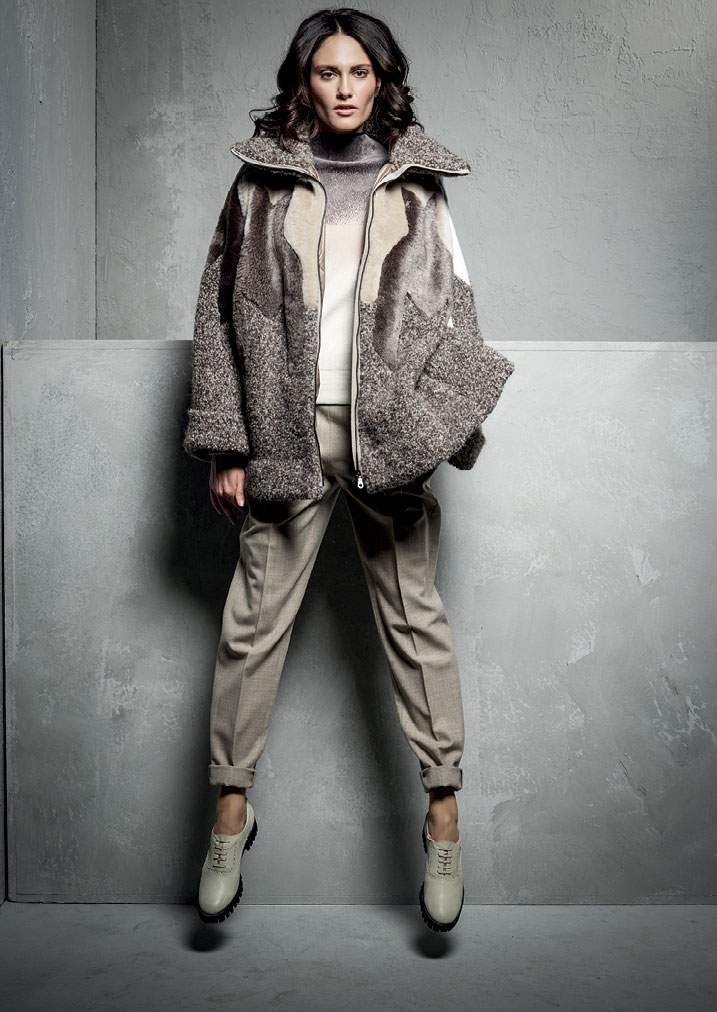 GIACCA/JACKET <strong>E181</strong><br> MAGLIA/JUMPER <strong>E110</strong><br> PANTALONE/PANTS <strong>E163</strong>