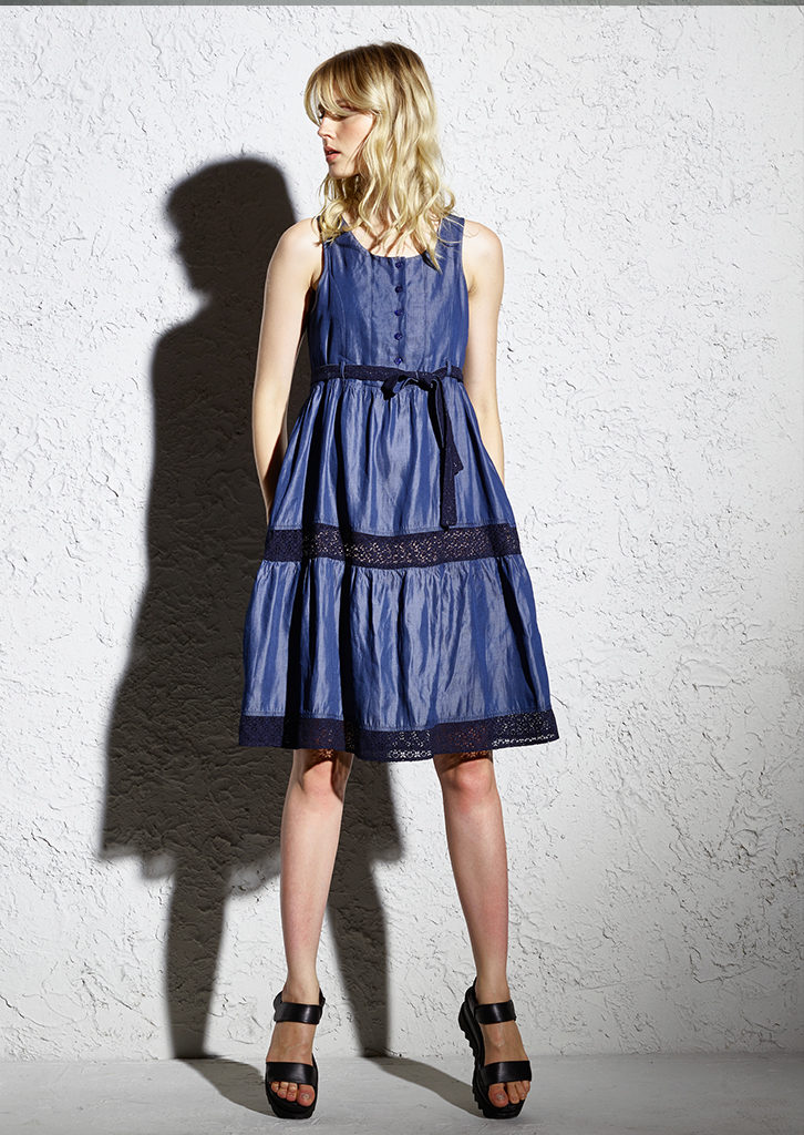 ABITO/DRESS<strong>F244</strong>