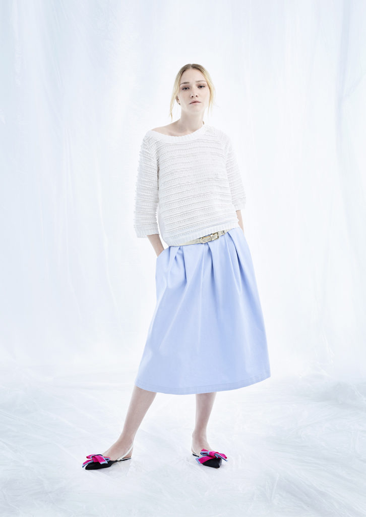 CAMICETTA/SWEATER <strong>M153</strong><br> GONNA/SKIRT <strong>M108</strong><br> CINTURA/BELT <strong>M344</strong>
