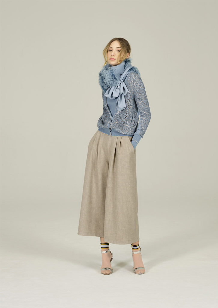 CAMICETTA/SWEATER<strong>N134</strong><br> Cardigan/CARDIGAN <strong>N112</strong><br> COLLO/COLLAR <strong>N116</strong><br> PANTALONE/PANTS <strong>N184</strong>