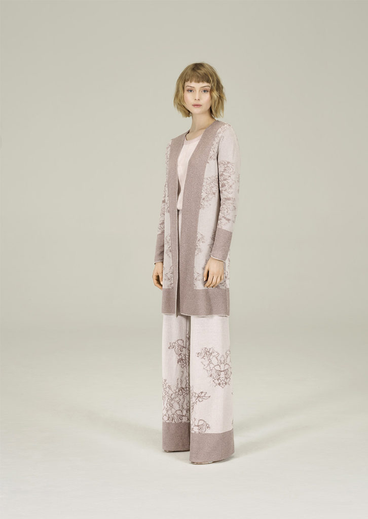 CARDIGAN/CARDIGAN <strong>N317</strong><br> CAMICETTA/SWEATER <strong>N240</strong><br> PANTALONE/PANTS <strong>N316</strong>