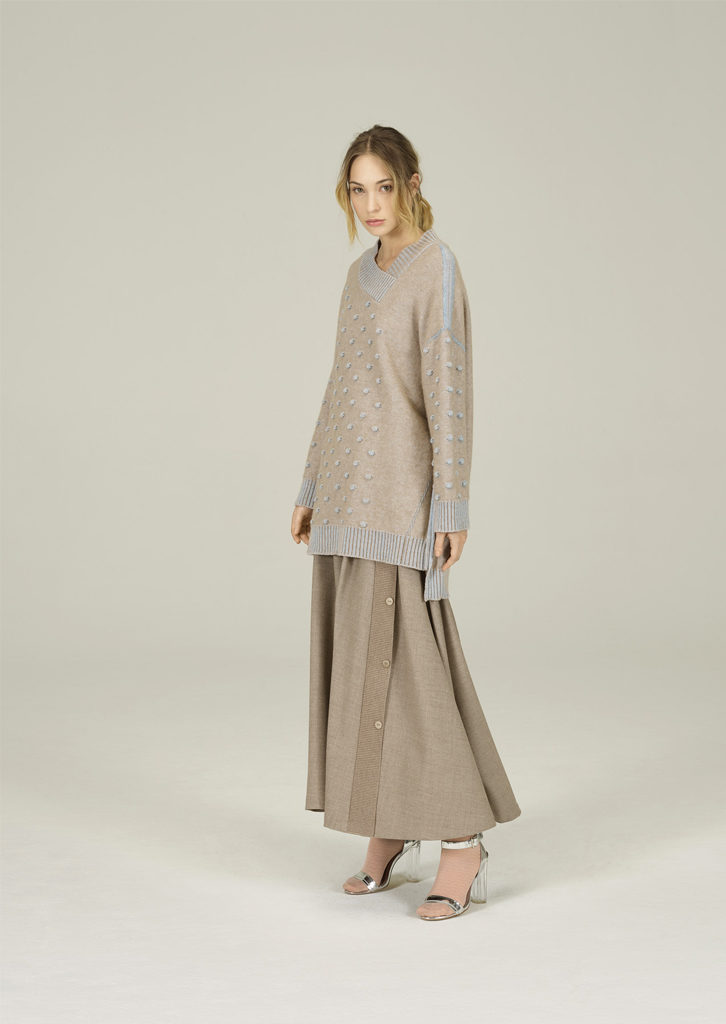MAGLIA/MAXIPULL <strong>N157</strong><br> GONNA/SKIRT <strong>N420</strong>
