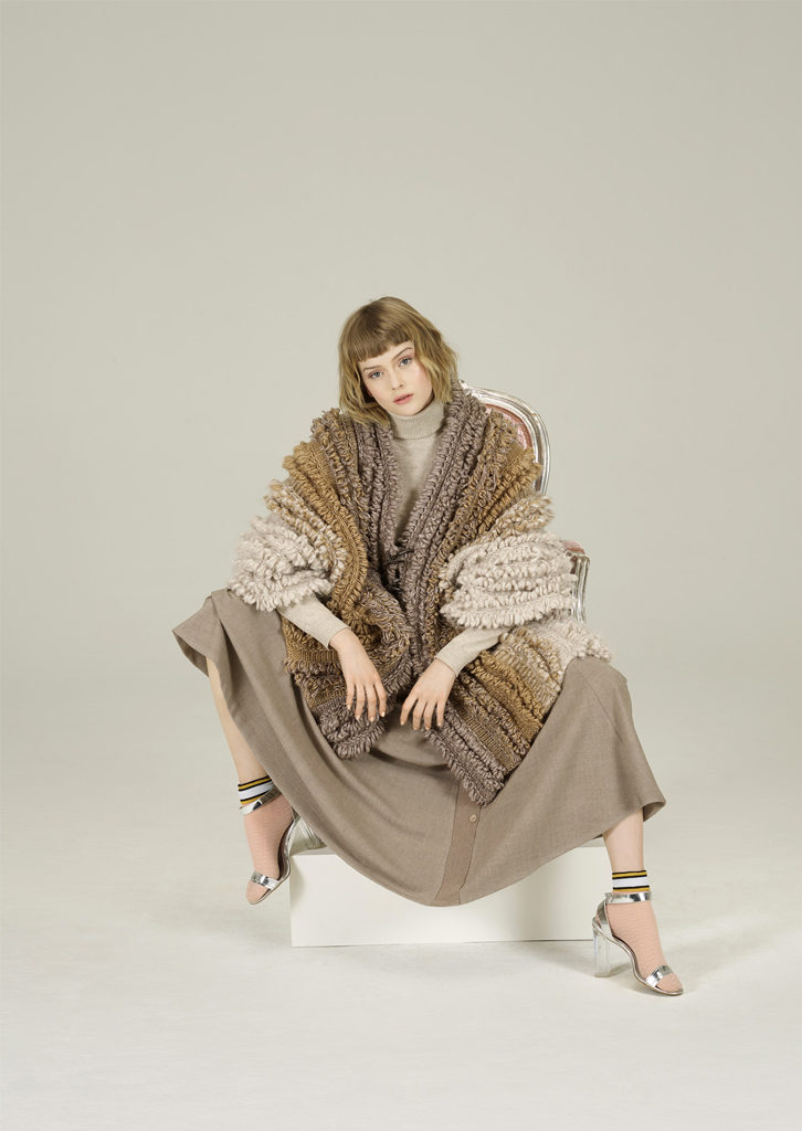 CARDIGAN/CARDIGAN <strong>N100</strong><br> CAMICETTA/SWEATER <strong>N431</strong><br> GONNA/SKIRT <strong>N420</strong>