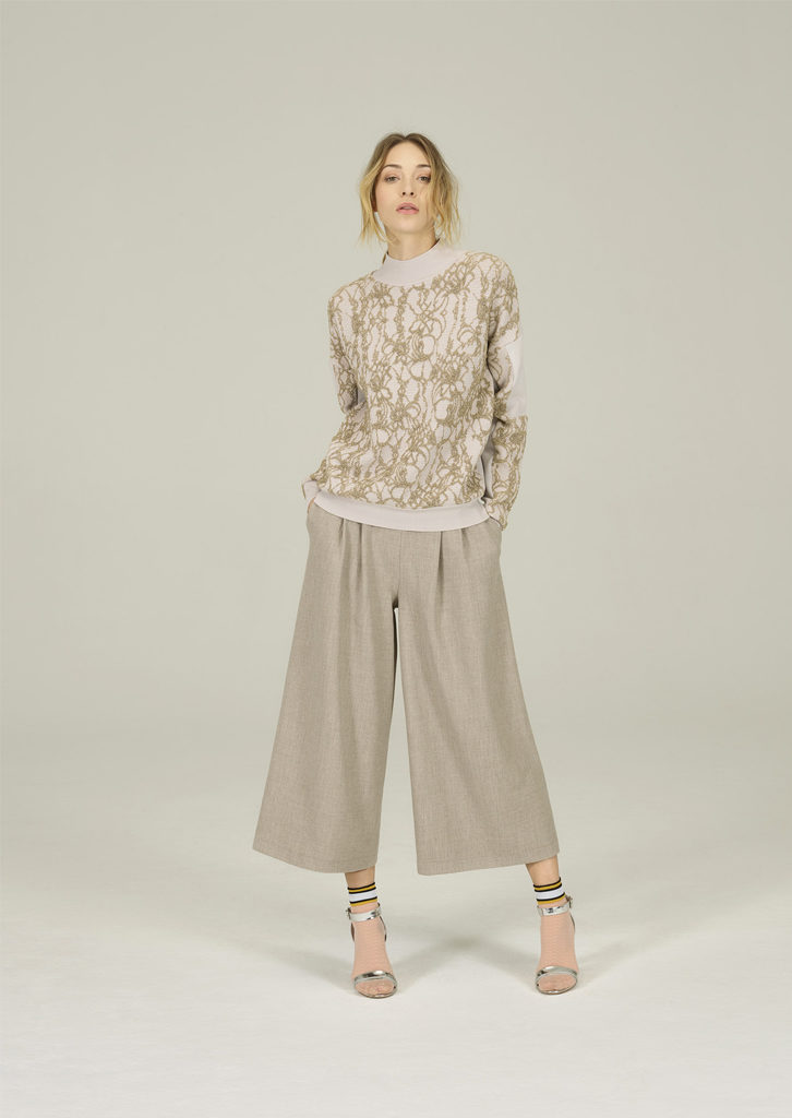 CAMICETTA/SWEATER <strong>N191</strong><br> PANTALONE/PANTS <strong>N184</strong>