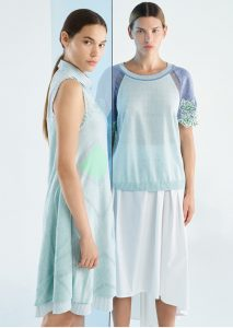 ABITO/DRESS <strong>P219</strong><br> CAMICETTA/SWEATER <strong>P215</strong><br> GONNA/SKIRT <strong>P350</strong>