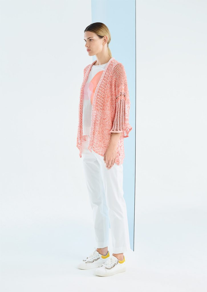 CARDIGAN/CARDIGAN <strong>P327</strong><br> CANOTTA/TOP <strong>P311</strong><br> PANTALONE/PANTS <strong>P407</strong>