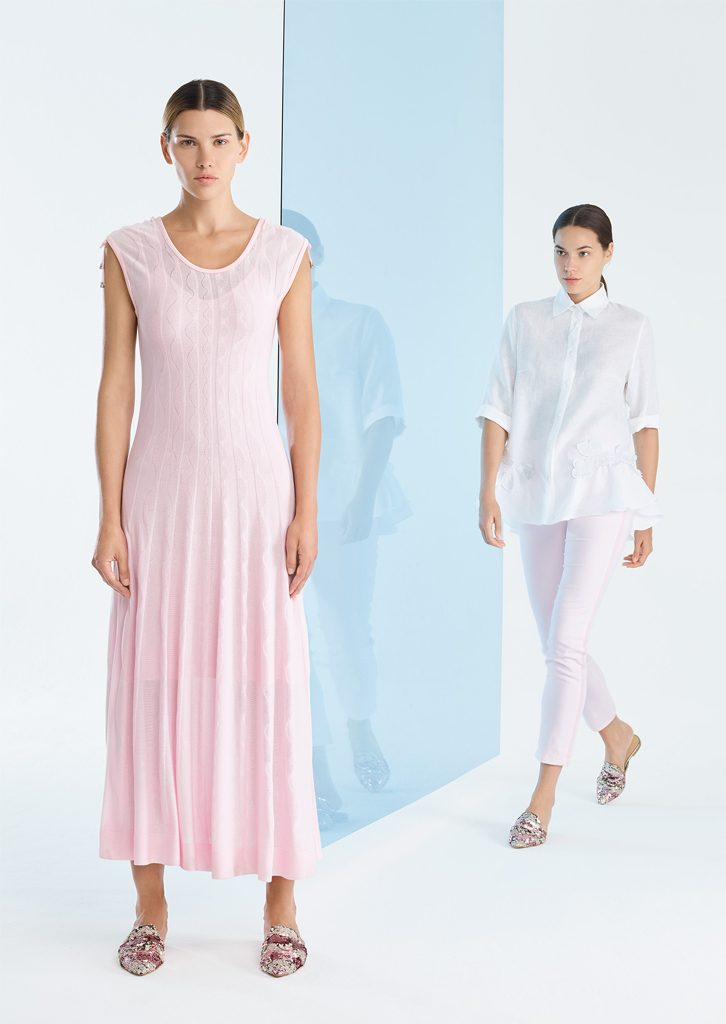 ABITO/DRESS <strong>P189</strong><br> CAMICIA/BLOUSE <strong>P185</strong><br> PANTALONE/PANTS <strong>P335</strong>