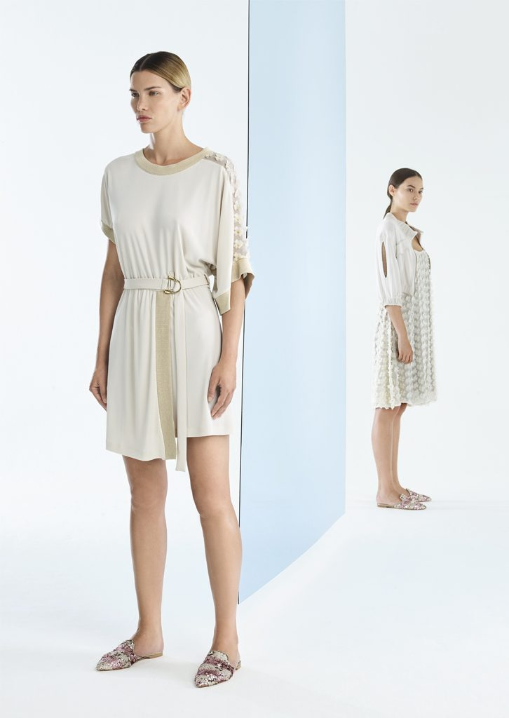 ABITO/DRESS <strong>P120</strong><br> GIUBBETTO/JACKET <strong>P169</strong><br> ABITO/DRESS <strong>P118</strong>