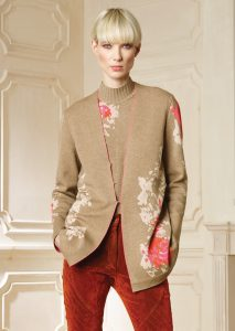 CARDIGAN/CARDIGAN <strong>R415</strong><br> CAMICETTA/SWEATER <strong>R416</strong><br> PANTALONE/PANTS <strong>R426</strong>