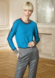 CAMICETTA/SWEATER <strong>R502</strong><br> PANTALONE/PANTS <strong>R516</strong>