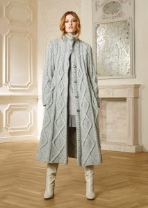 CAPPOTTO/COAT <strong>R438</strong><br> ABITO/DRESS <strong>R515</strong>