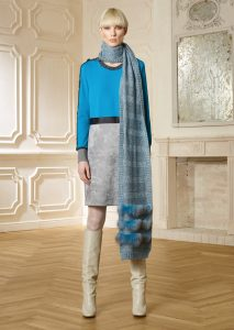 ABITO/DRESS <strong>R500</strong><br> SCIARPA/SCARF <strong>R522</strong>