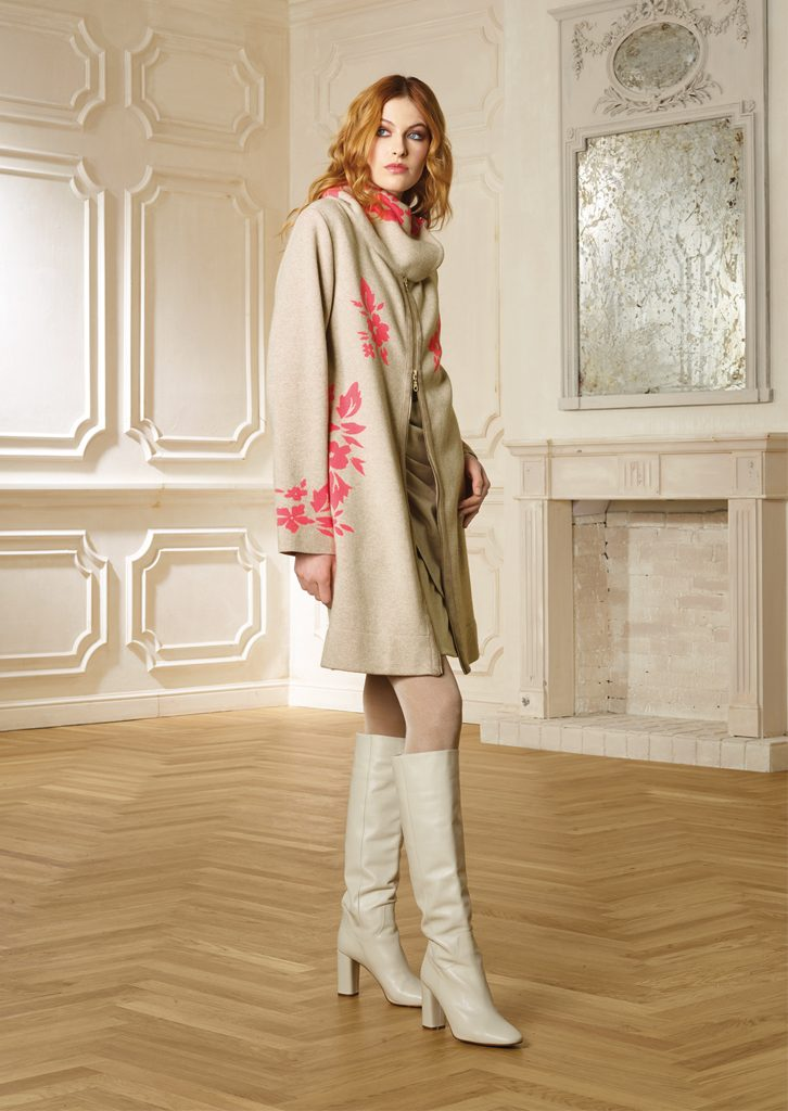 CAPPOTTO/COAT <strong>R301</strong><br> ABITO/DRESS <strong>R348</strong>