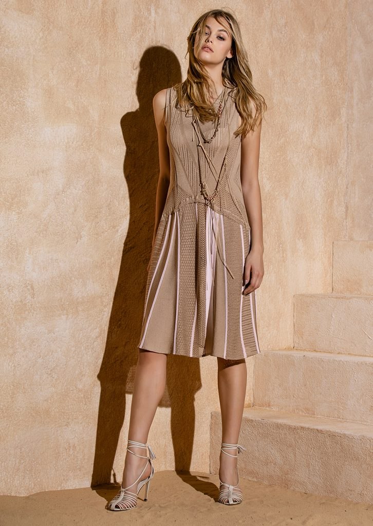 ABITO/DRESS <strong>S1224</strong><br> COLLANA/NECKLACE <strong>S1250</strong>