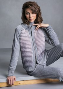 DOLCEVITA/TURTLE_NECK <strong>T610</strong><br> GIUBBETTO/JACKET <strong>T712</strong><br> PANTALONE/PANTS <strong>T552</strong>