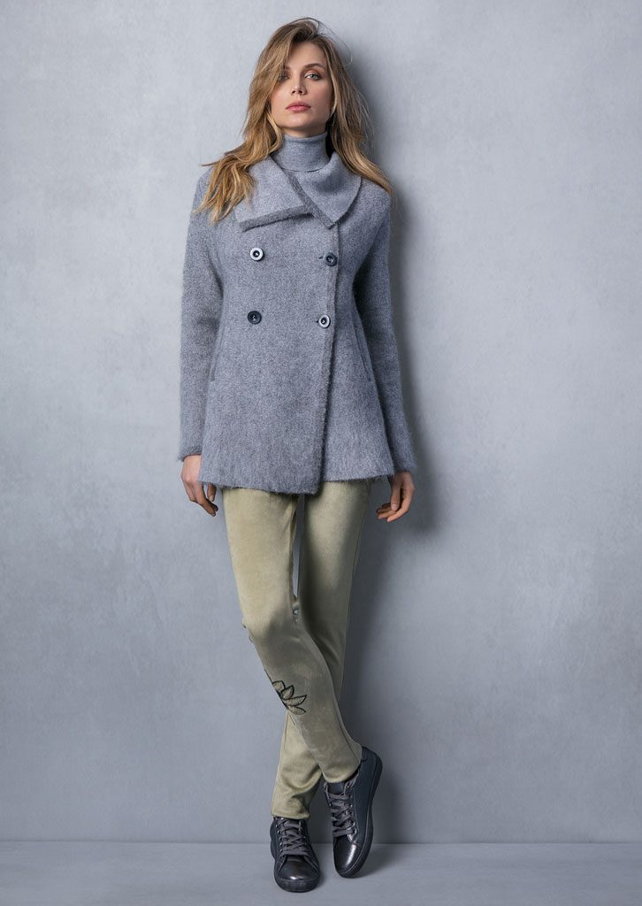 CAPPOTTO/COAT <strong>T740</strong><br> PANTALONE/PANTS <strong>T811R</strong>