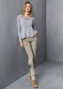 MAGLIA/SWEATER <strong>T821</strong><br> PANTALONE/PANTS <strong>T811/R</strong>