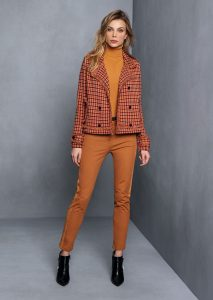 DOLCEVITA/TURTLE_NECK <strong>T608</strong><br> GIACCA/JACKET <strong>T637</strong><br> PANTALONE/PANTS <strong>T645P</strong>