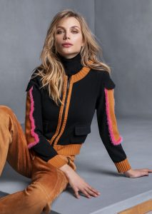 DOLCEVITA/TURTLE_NECK <strong>T725</strong><br> GIUBBETTO/JACKET <strong>T620</strong><br> PANTALONE/PANTS <strong>T604</strong>