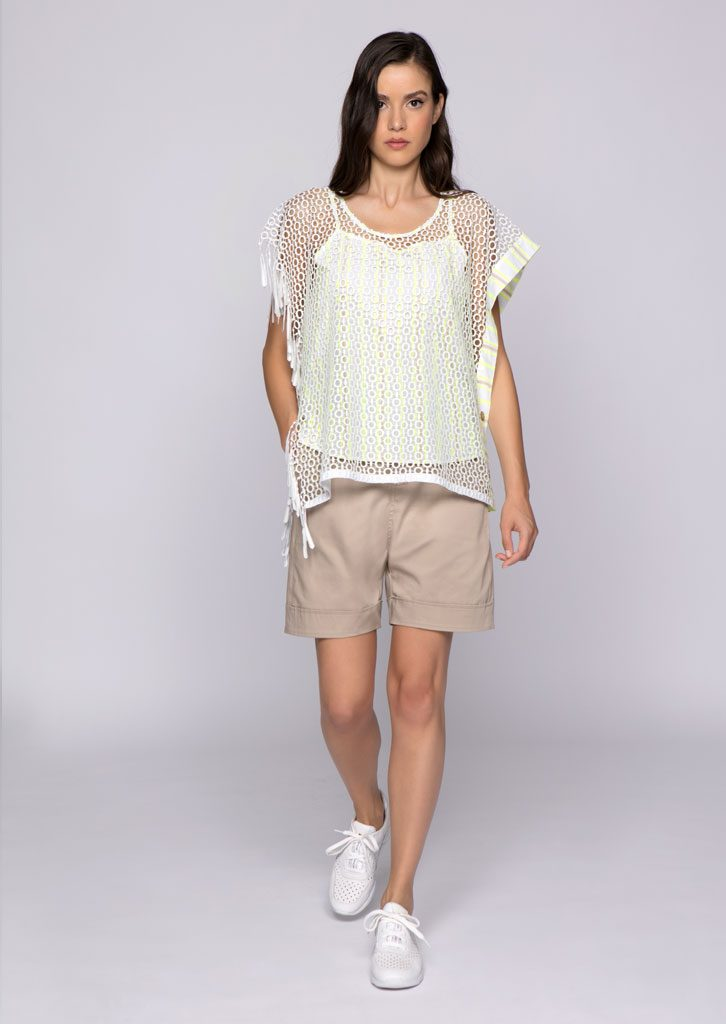 CAMICETTA/BLOUSE <strong>U821</strong><br> BERMUDA/SHORTS <strong>U827</strong>