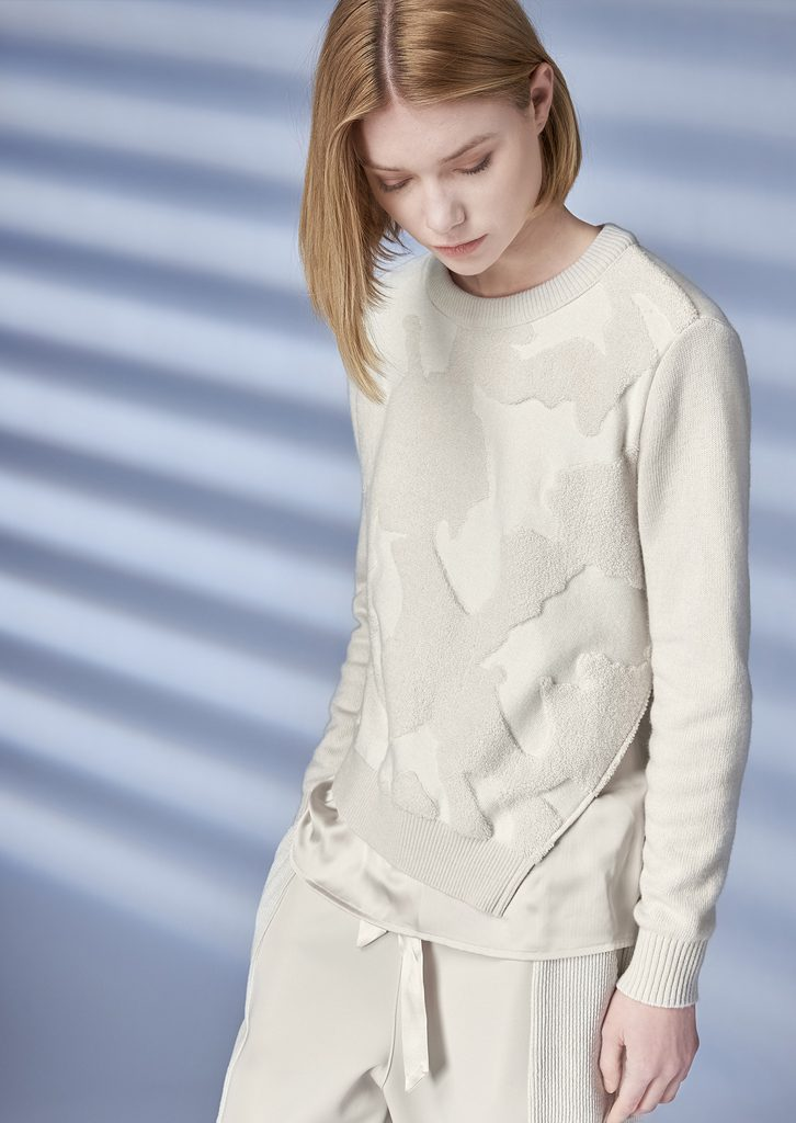 SWEATER/SWEATER <strong>Z246</strong><br> PANTS/PANTS <strong>Z242</strong>