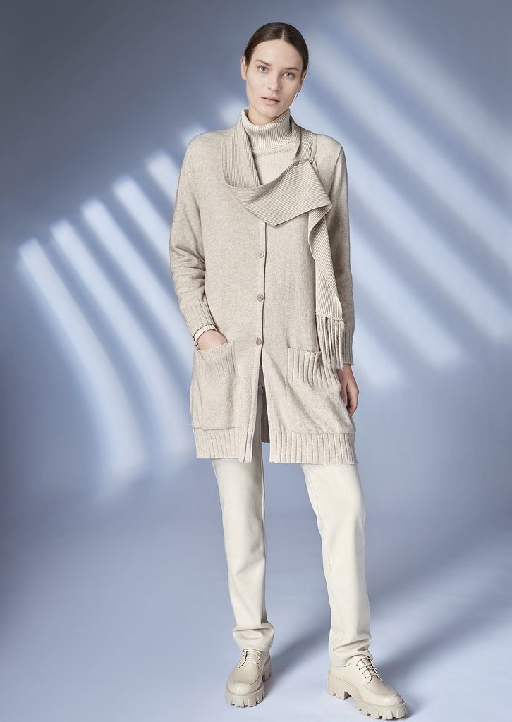 CARDIGAN/CARDIGAN <strong>Z363</strong><br> TURTLE_NECK/TURTLE_NECK <strong>Z208</strong><br> PANTS/PANTS <strong>Z220</strong>