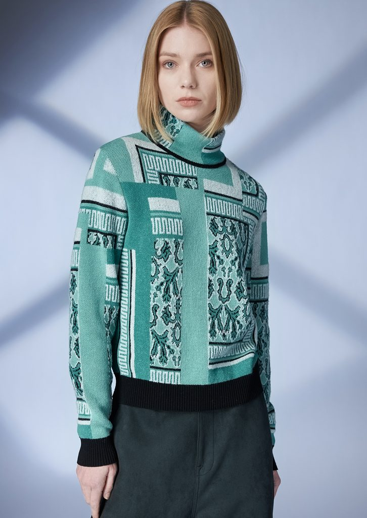 TURTLE_NECK/TURTLE_NECK <strong>Z108</strong><br> PANTS/PANTS <strong>Z217</strong>