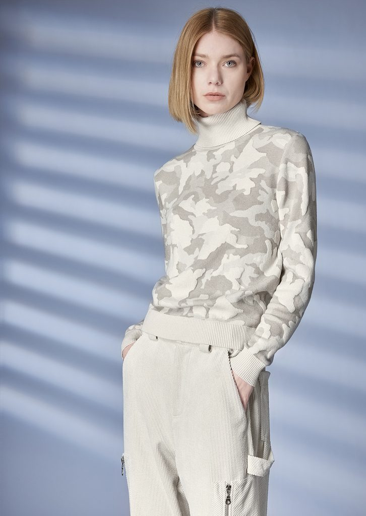 TURTLE_NECK/TURTLE_NECK <strong>Z253</strong><br> PANTS/PANTS <strong>Z241</strong>