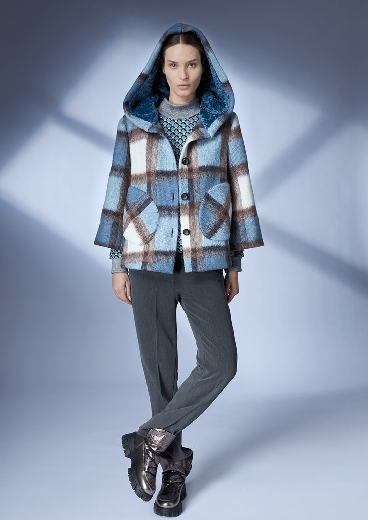 JACKET/JACKET <strong>Z448</strong><br> SWEATER/SWEATER <strong>Z401</strong><br> PANTS/PANTS <strong>Z430</strong>