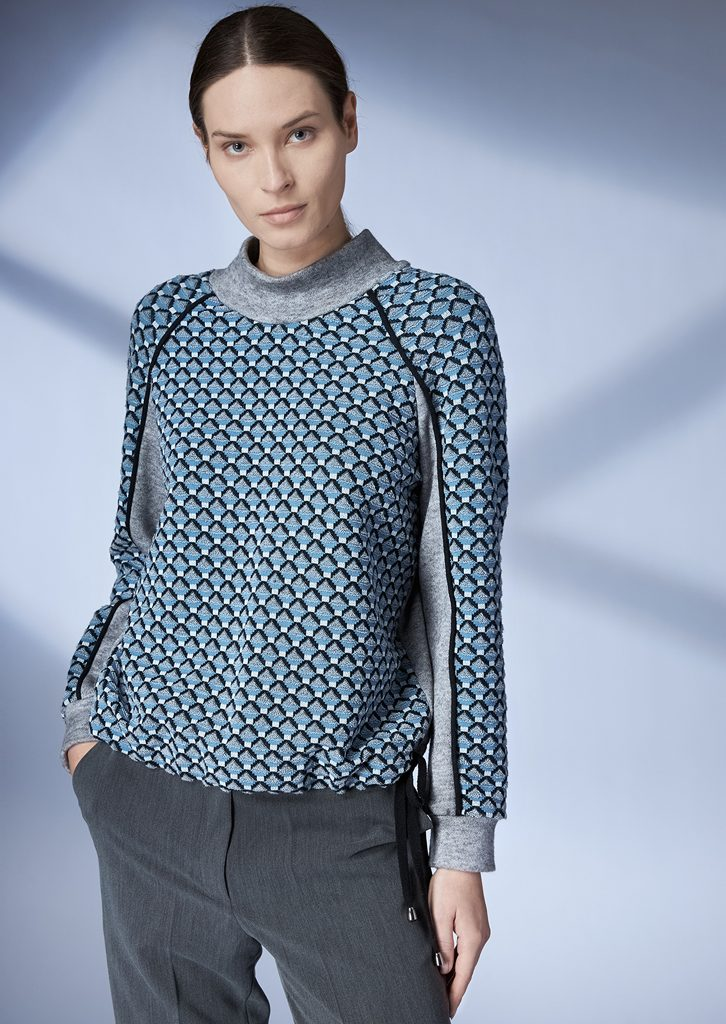 SWEATER/SWEATER <strong>Z401</strong><br> PANTS/PANTS <strong>Z430</strong>